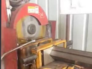 护栏配件-自动割管机视频