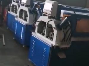 红九州自动钻孔机案例3视频
